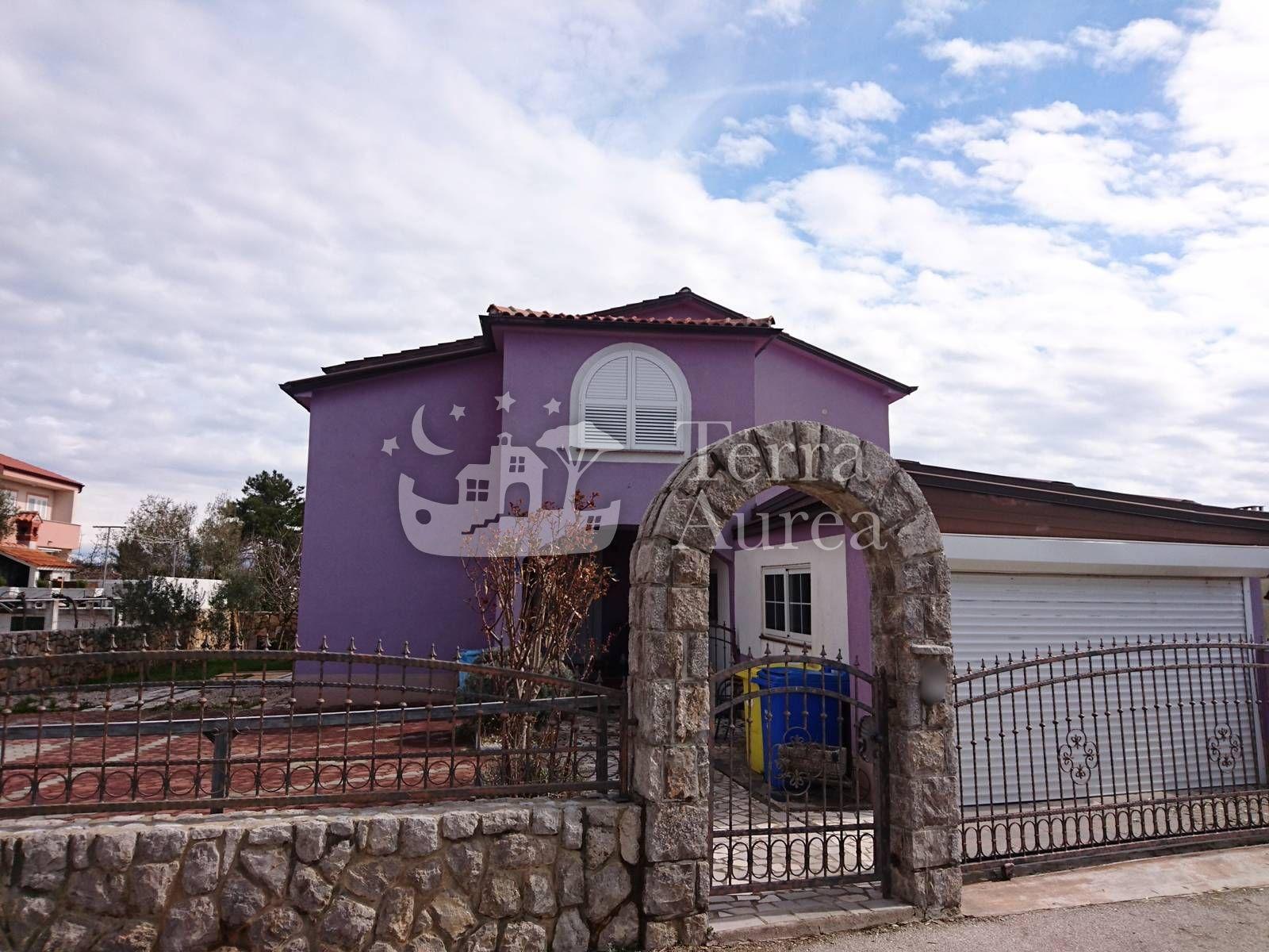 Haus Krk, 380m2, Haus | Aurea Immobilien Krk Insel | Wohnungen ...