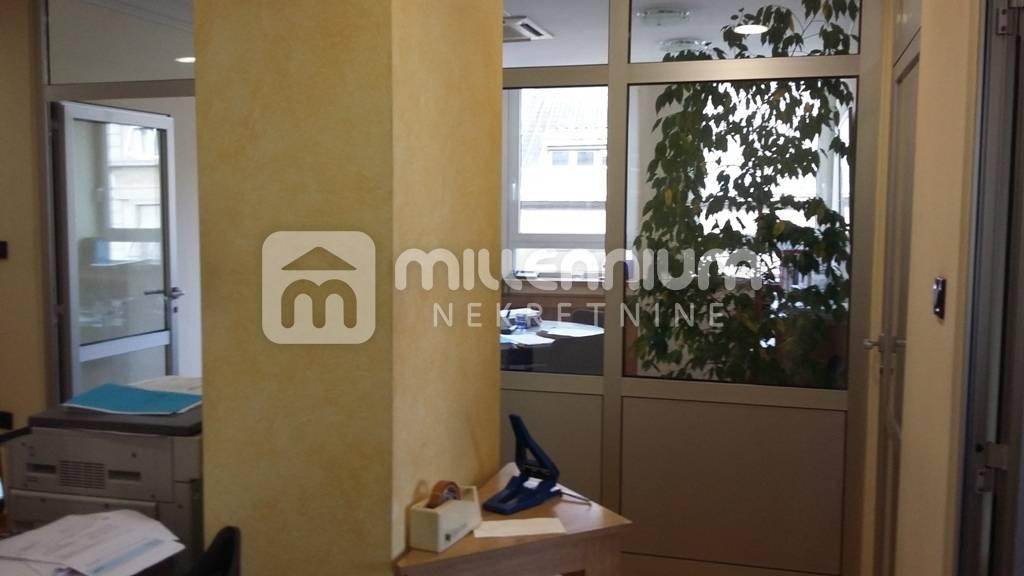 Rijeka, Brajda, 130m2, kvalitetan prostor u poslovnoj zgradi