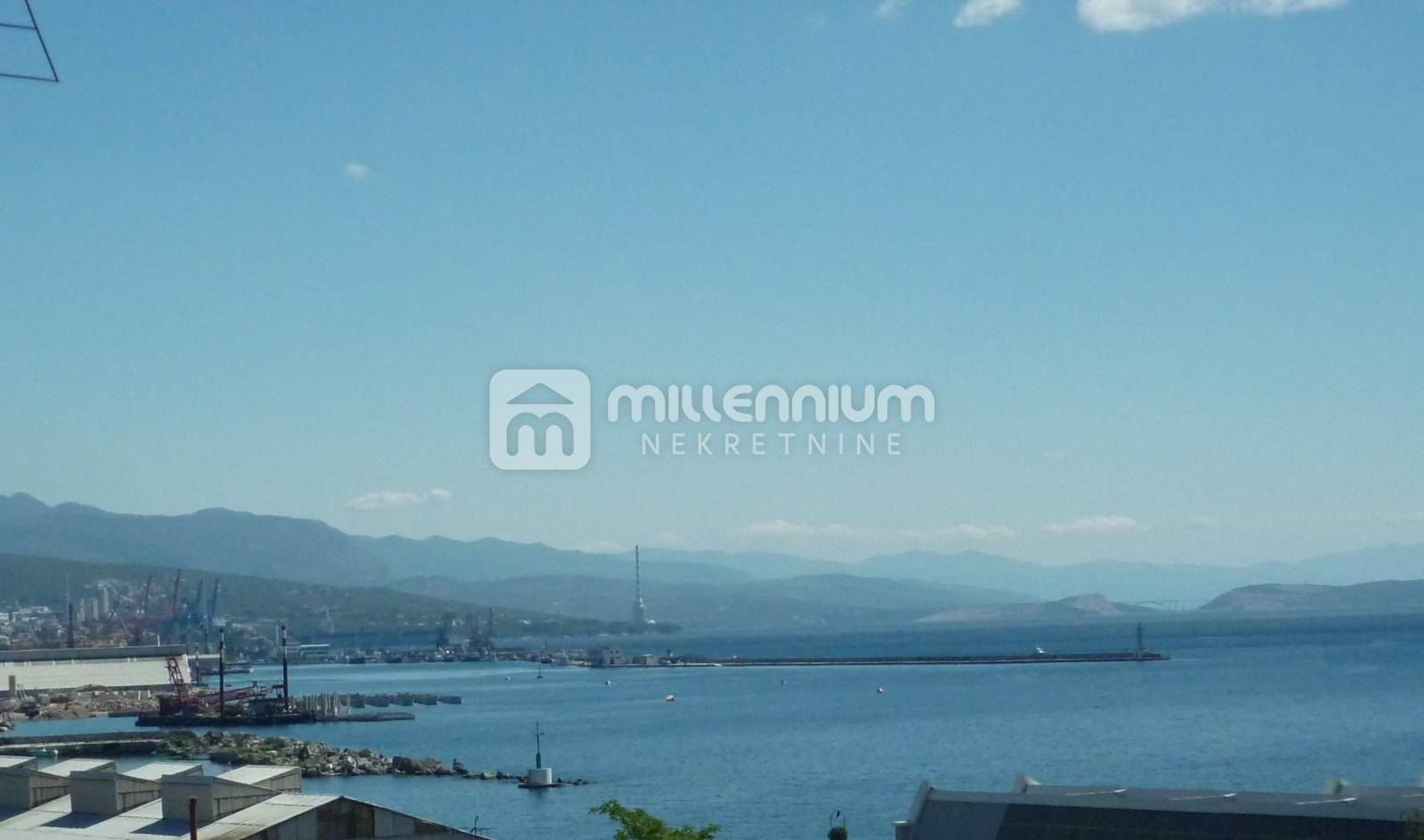 Rijeka, Mlaka, 124m2, komforan 4-sobni stan