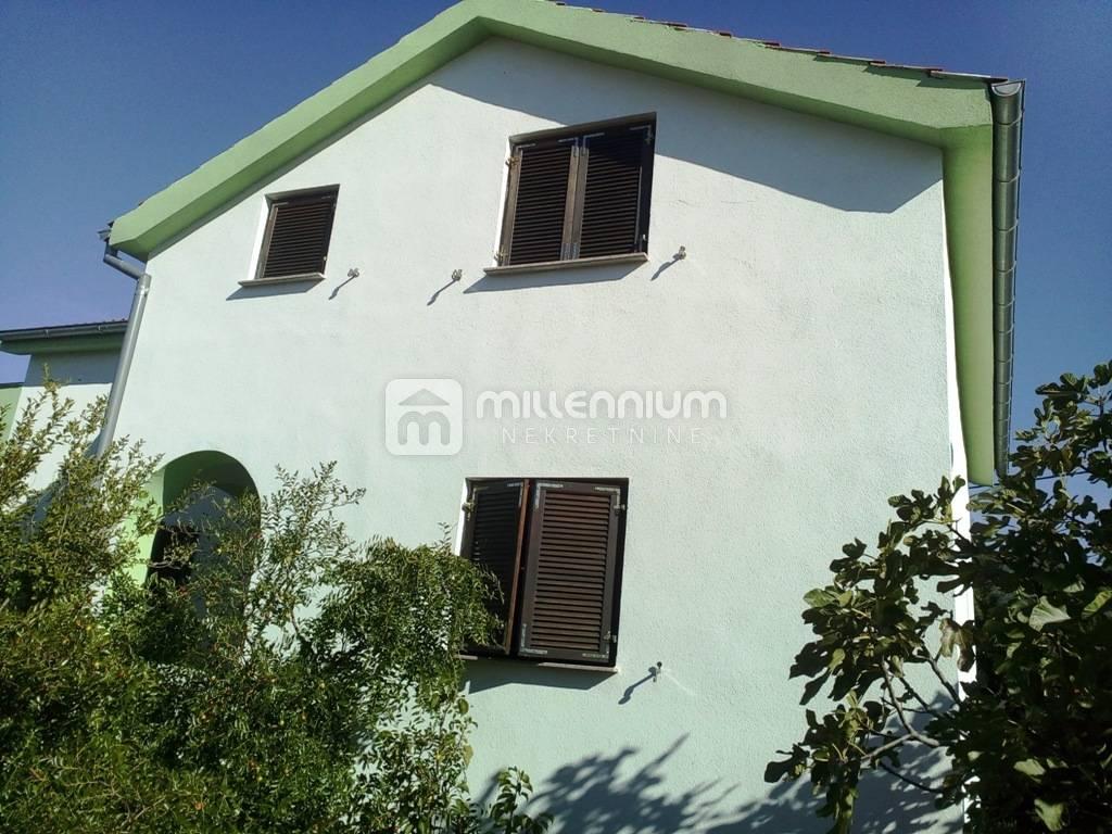 Dalmacija, Gornji Karin, novogradnja, kuća u blizini mora