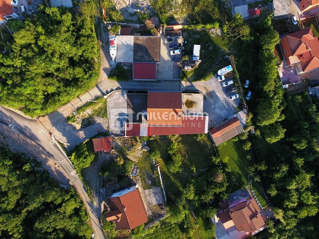 Viškovo - Marinići, 582m2,  nekretnina privlačna za investiciju