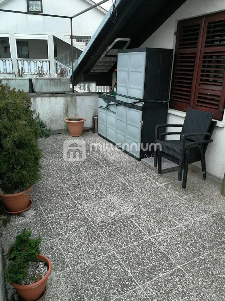 Rijeka, Zamet, etaža 80m2, 2s+db