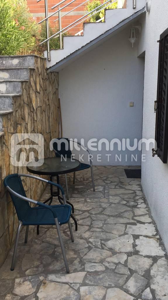 Otok Krk, 24.85m2, apartman za 43.500€/hrk