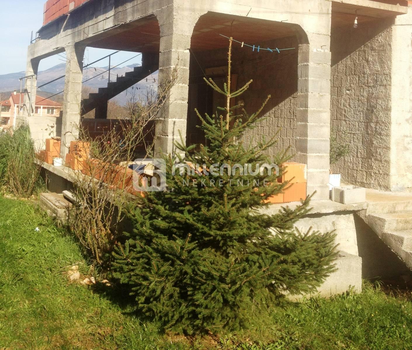 Čavle, Buzdohanj, stan u započetoj gradnji