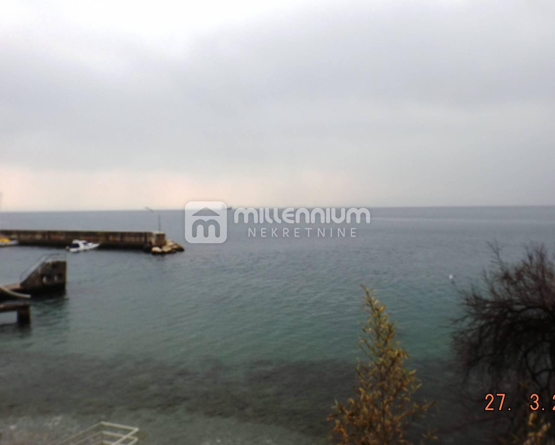 Haus Kantrida, Rijeka, 600m2