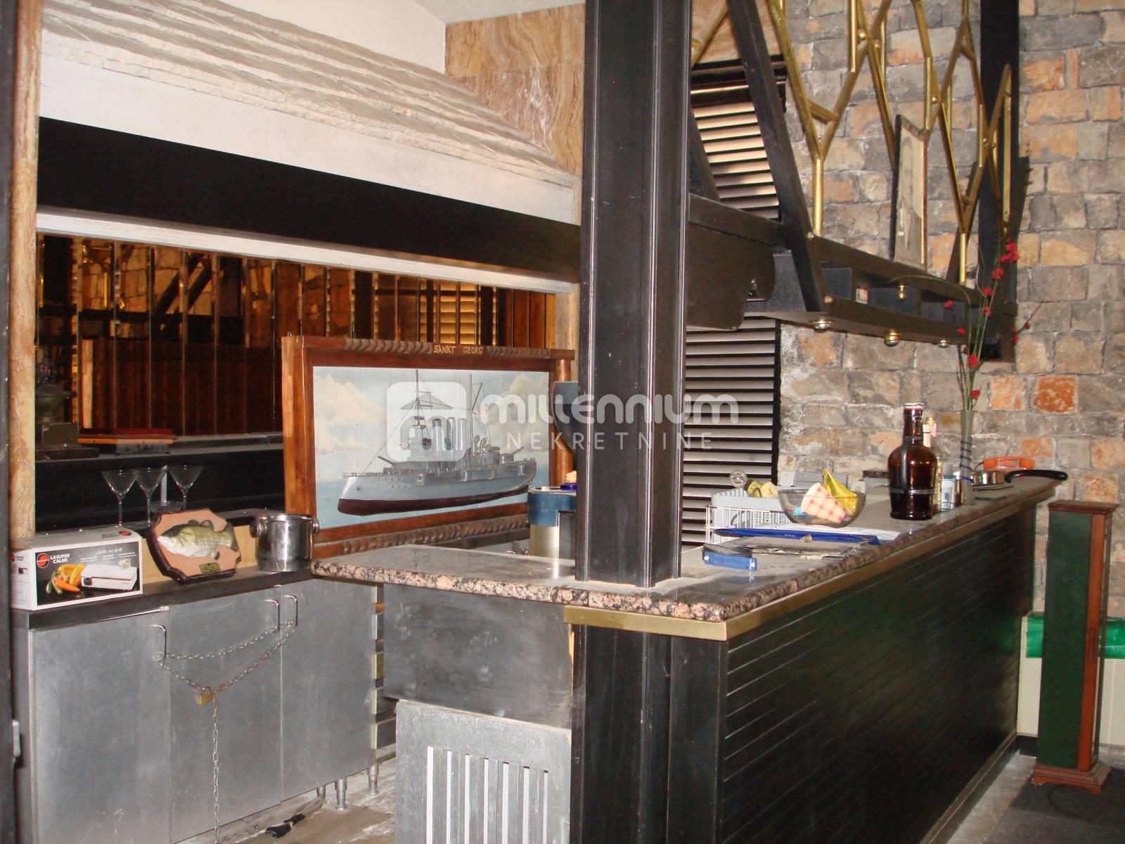 Najam, Rijeka, Martinkovac, restoran od 400m2
