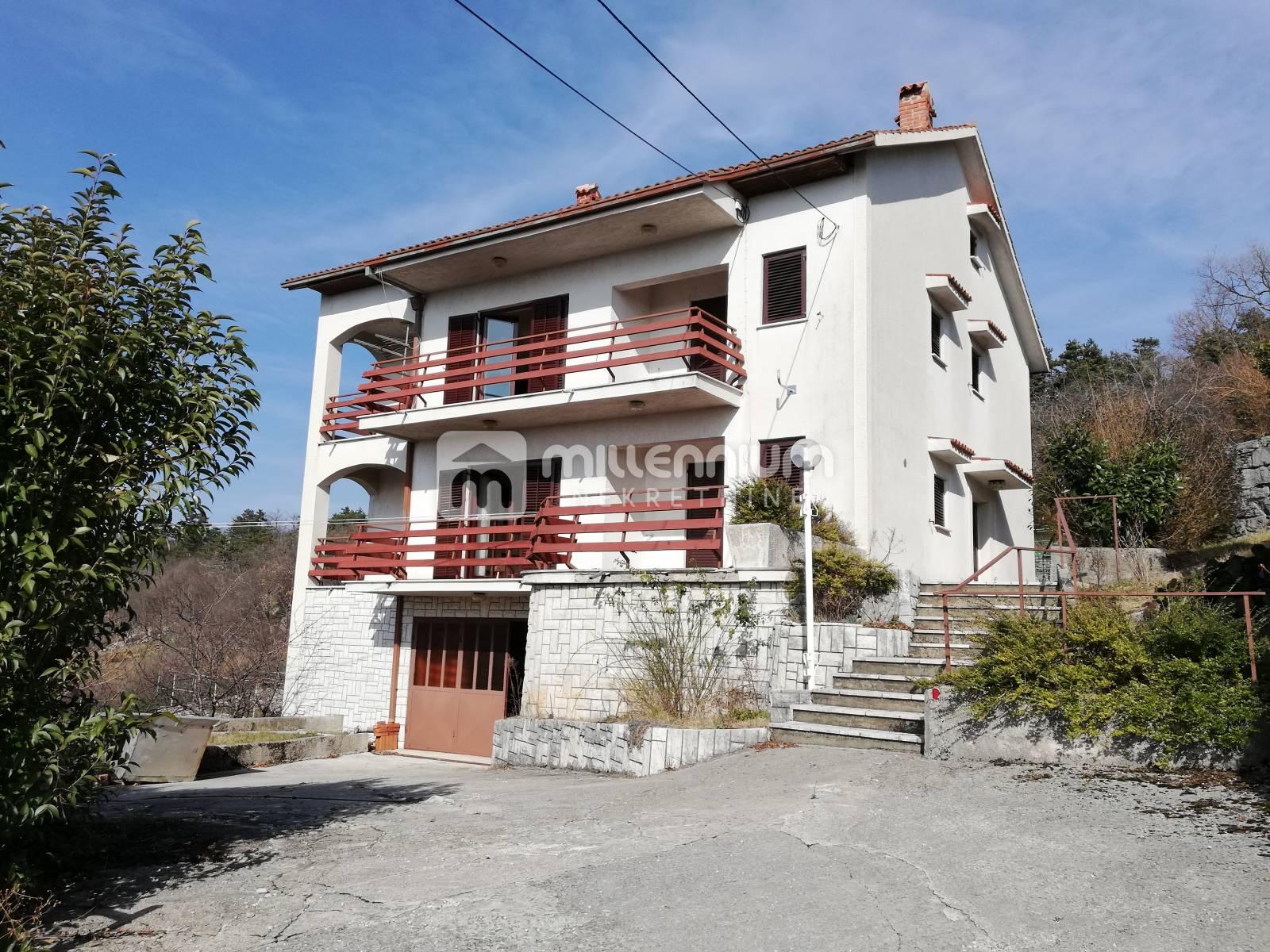 Rijeka okolica, Saršoni, kuća 450m2 na parceli od 5.000m2