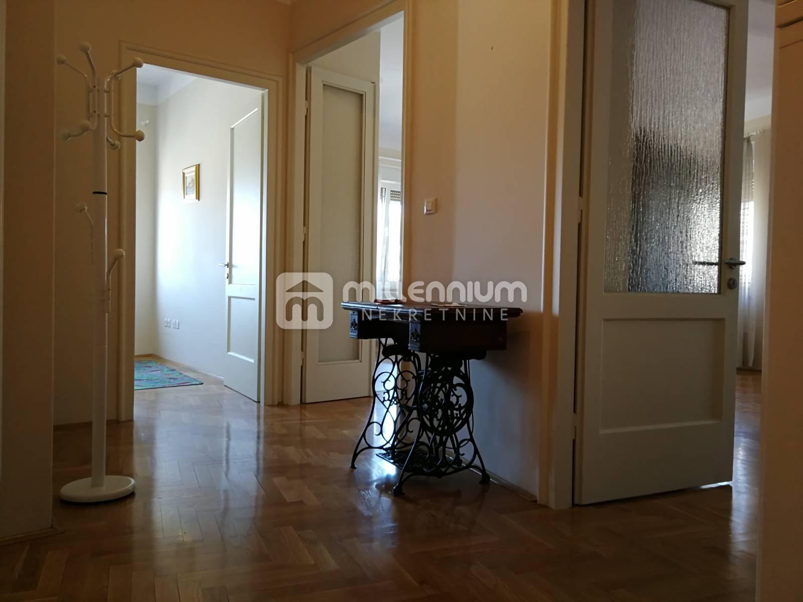 Najam, Rijeka, Pećine, stan od 106m2 u vili