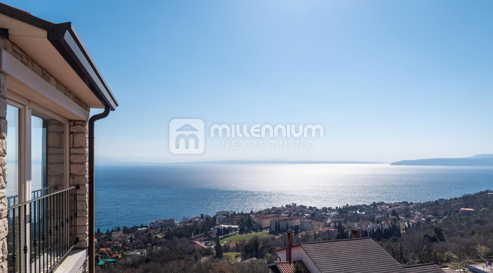 Lovran, uređena vila s bazenom i panoramskim pogledom