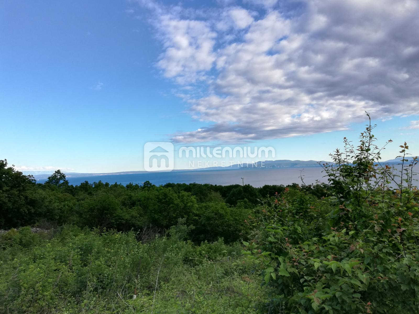 Martinkovac, građevinsko zemljište od 860m2 s otvorenim pogledom