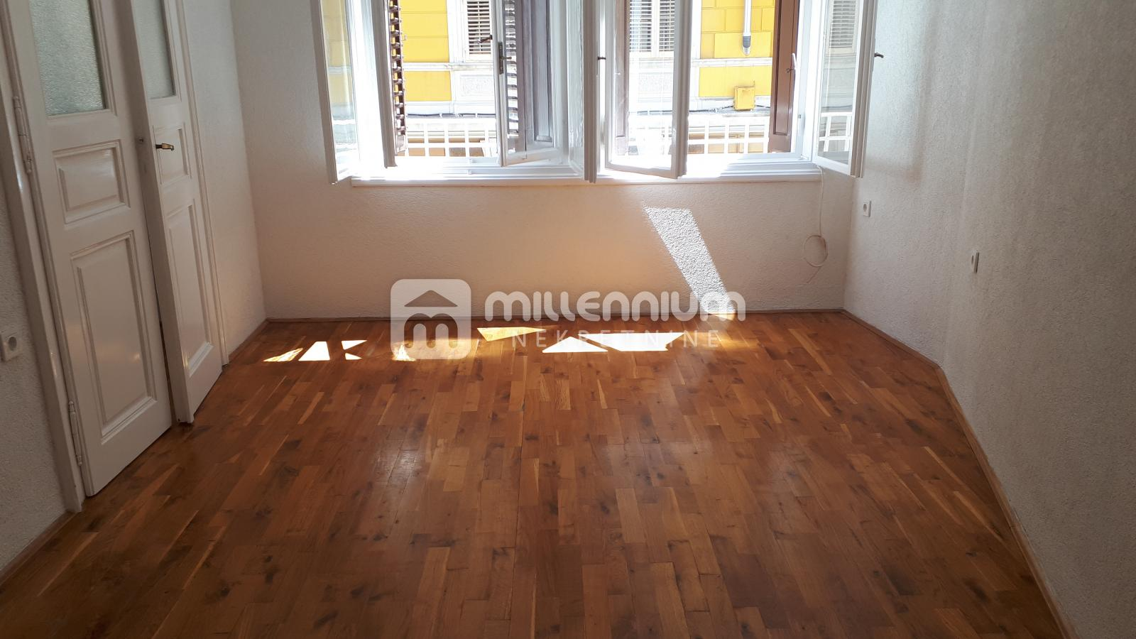 Najam, Rijeka, Centar, 79m2, 3SKL, balkon
