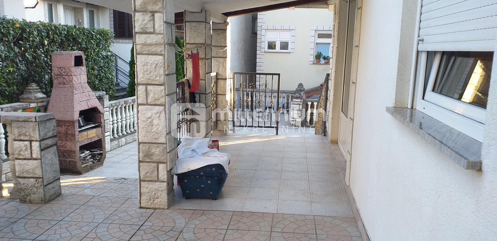 Volosko, samostojeći objekt s okućnicom, 131.000€/hrk