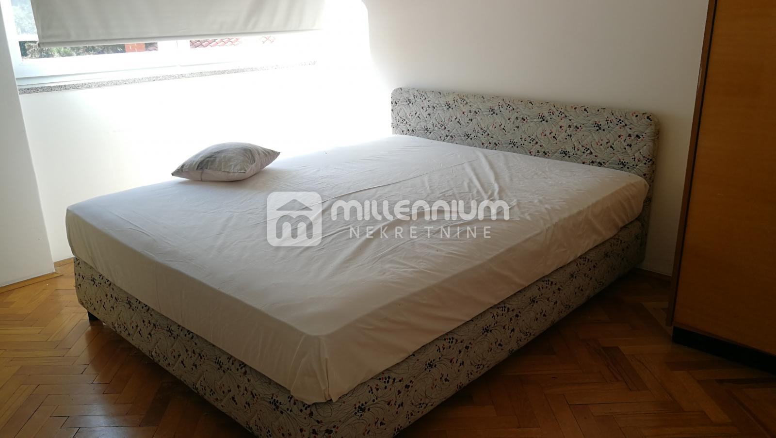 Najam, Rijeka, Turnić, 2-sobni stan, balkon