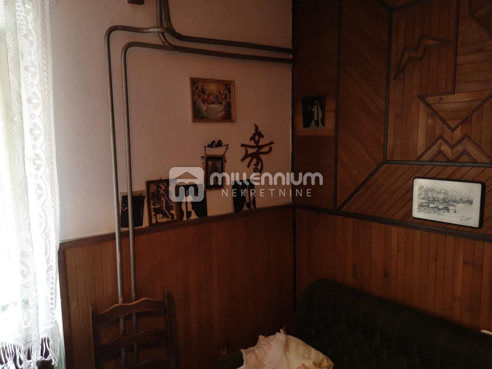 Gorski kotar, Fužine, kuća od 150m2 s okućnicom