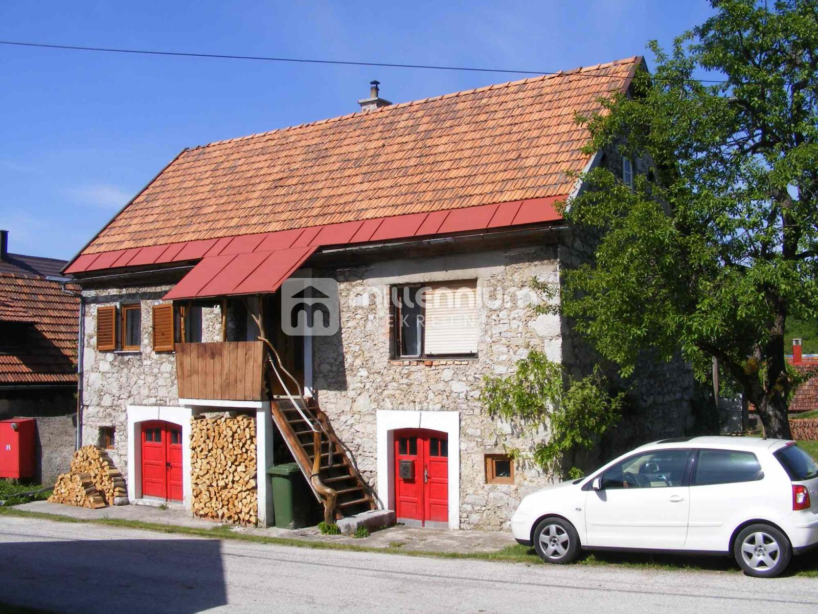 Gorski Kotar, Brod Moravice, kamena kuća, 26.500€/hrk