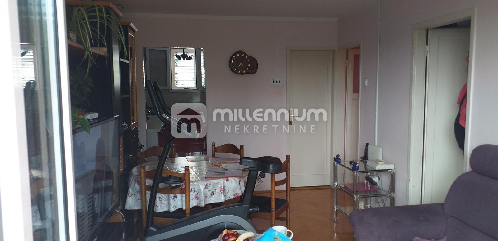 Rijeka, Turnić, 2S+DB stan, balkon