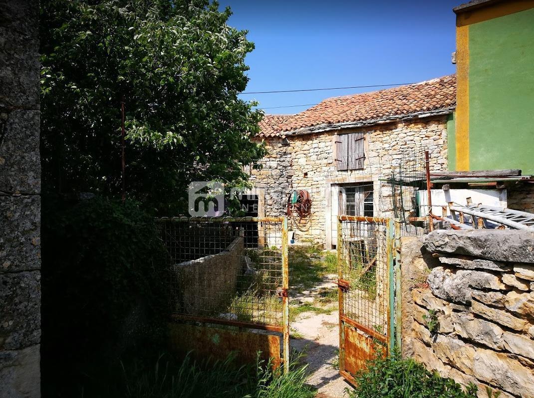 Istra, Marčana, Veliki Vareški, starina 130m2