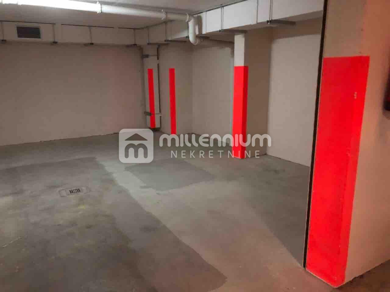 Rijeka, Srdoči, garaža od 30m2