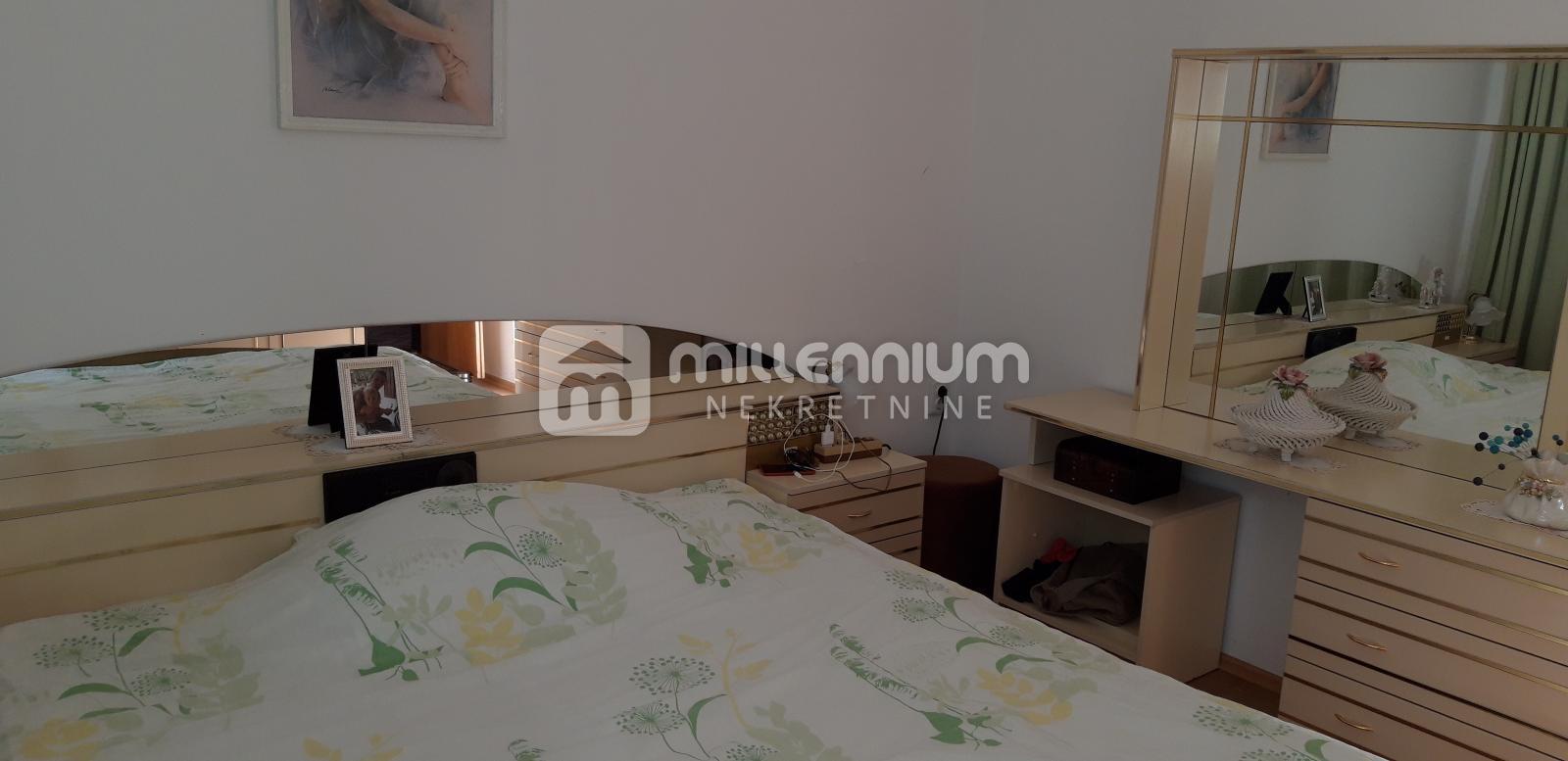 Rijeka, Donji Zamet, 85m2, 2-sobni stan s db i velikom terasom