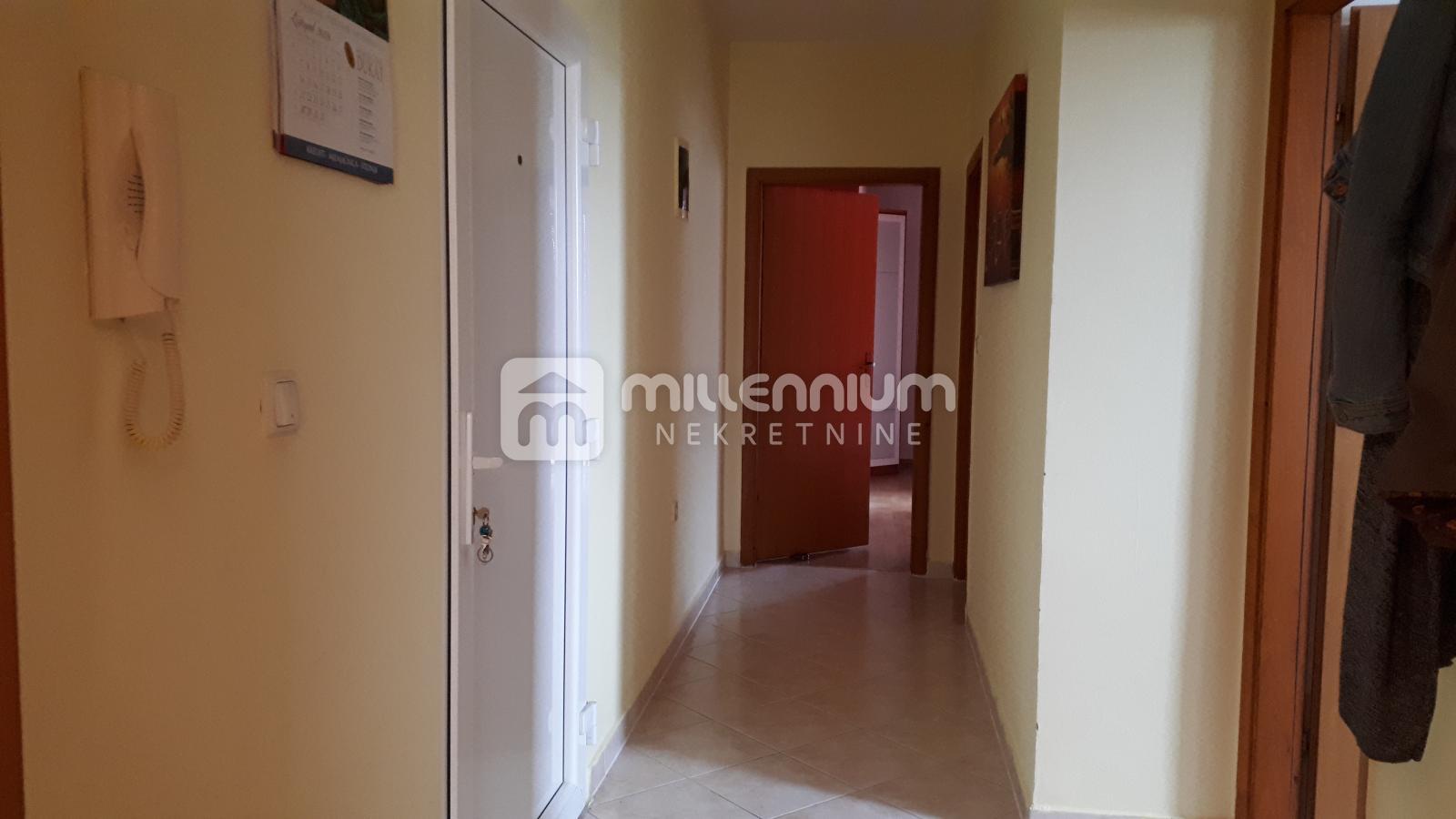 Viškovo, 75m2, 2-sobni stan s db, dvije lođe