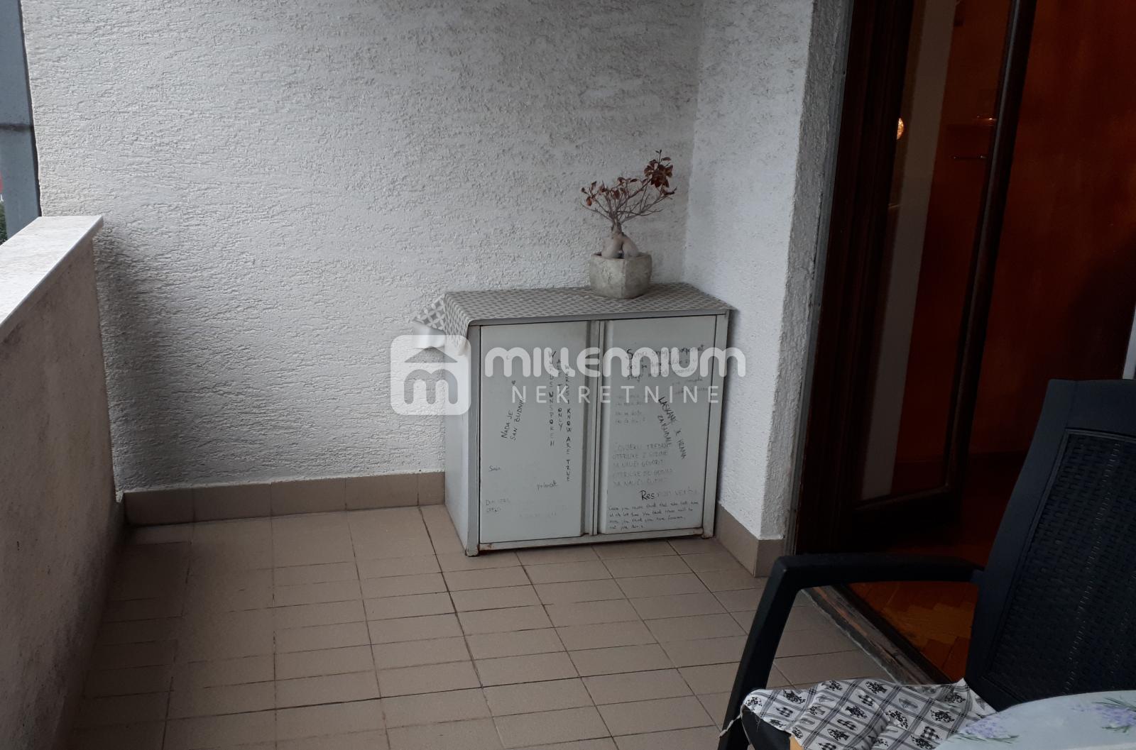Rijeka, Krnjevo, 2-sobni stan s db, balkon + lođa