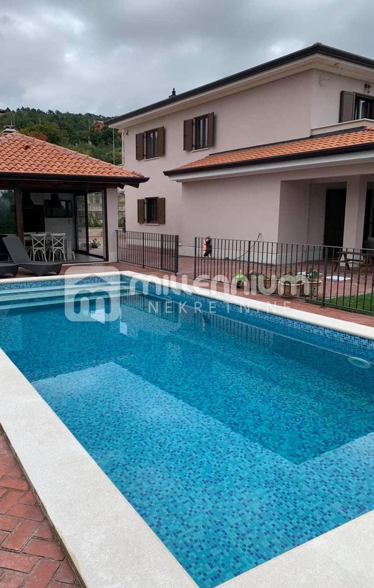 Kostrena, prekrasna moderna kuća s bazenom