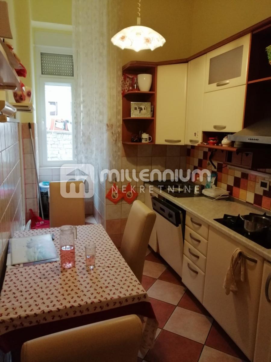 Rijeka, Potok, 74.77m2, 3-sobni stan s balkonom