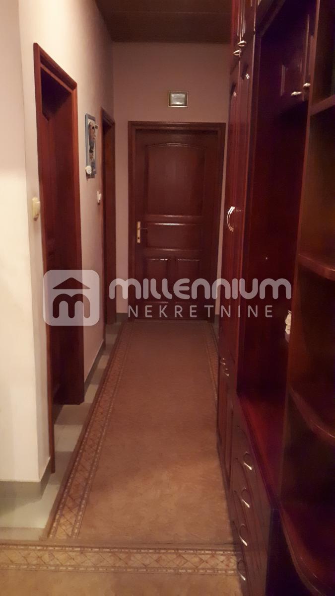 Marinići, etaža od 101.12m2, 3-sobni s db