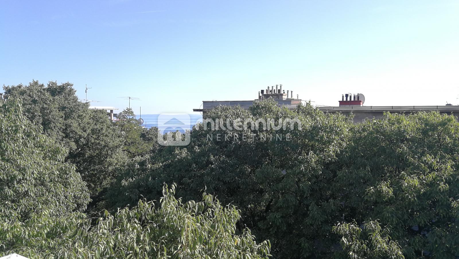 Rijeka, Pećine, 80m2, 2s+db, balkon