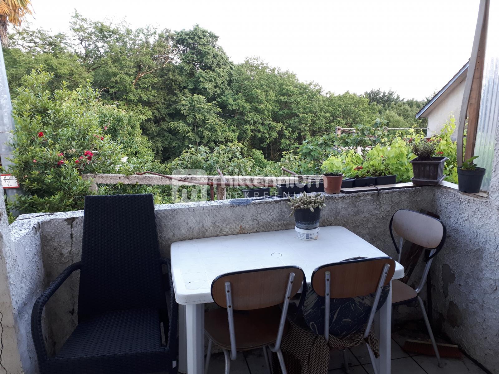 Rijeka prigrad, Saršoni, kuća od 168m2, 60.000€/hrk