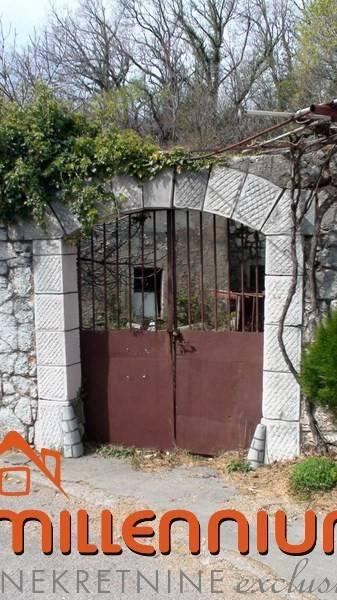 Crikveničko vinodolska rivijera, Bribir, 200m2 s 3600m2 okućnice