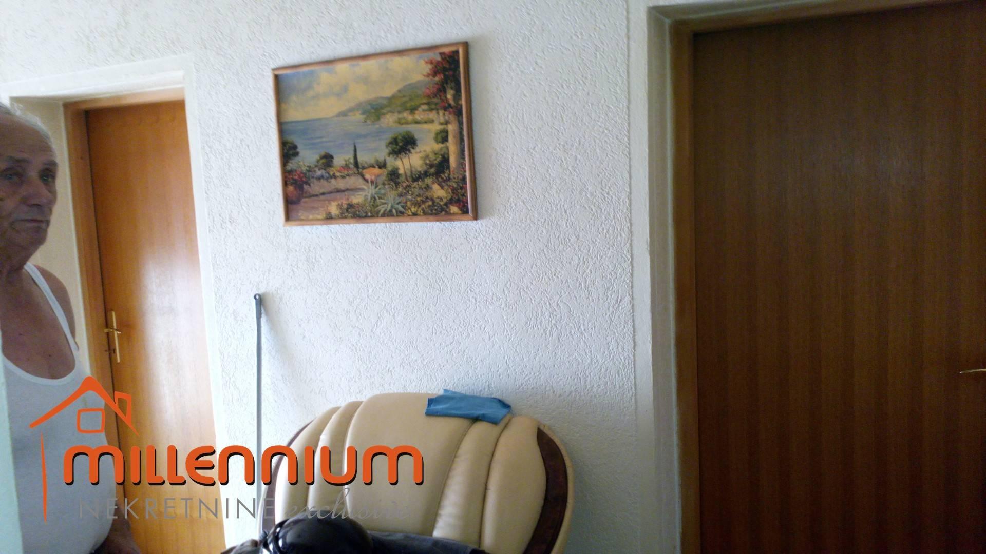 KUĆA, BRIBIR, 280m2, P+1, 145.000€