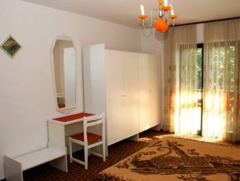 Šmrika, etaža od 105m2, 3-sobni stan s db, balkon