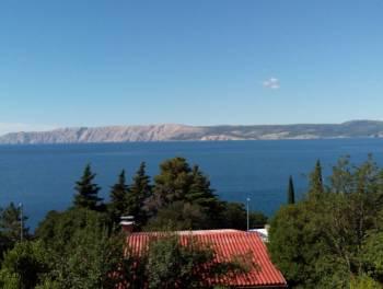 Novi Vinodolski, lijepa kuća uz more