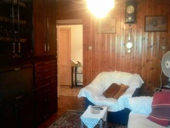 Jušići, samostojeća kuća s  garažom i okućnicom