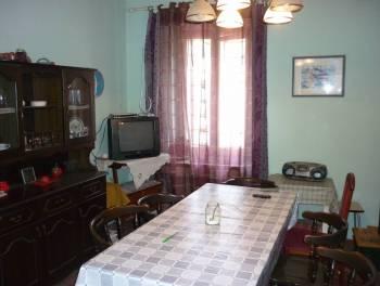Križišće, samostojeća kuća 216m2 s velikom okućnicom za 129.000€