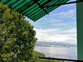 Lovran, 52m2, 2-sobni stan s balkonom