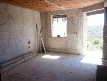 Krasica, kuća 590m2, okućnica 590m2