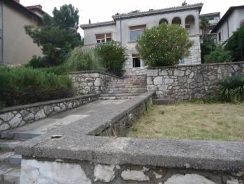 Rijeka, Pećine, vila s okućnicom 1.red do mora