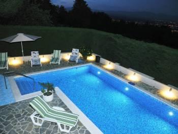 Najam, Opatija, Bregi, 310m2, kuća s bazenom
