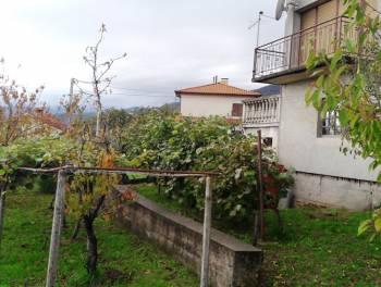 Matulji, kuća s velikom okućnicom