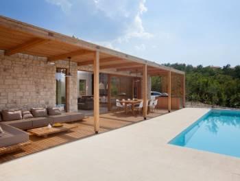 Otok Krk, luksuzna kamena kuća s  bazenom