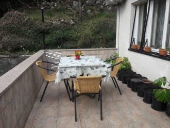 Rijeka, Svilno, etaža od 120m2 s vrtom i garažom