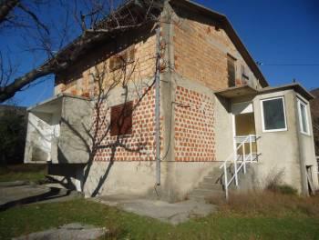 Novi Vinodolski, Ledenice, kuća u izgradnji