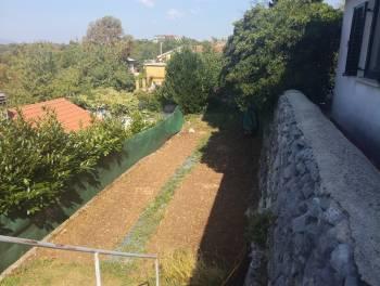 Rijeka, Gornja Drenova, samostojeća kuća s okućnicom