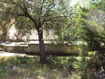 Dalmacija, Starigrad Paklenica, prizemnica u blizini mora