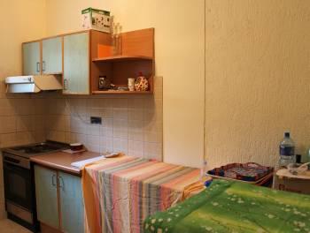 Rijeka, Gornja Drenova, kuća s 2 stana i velikom okućnicom