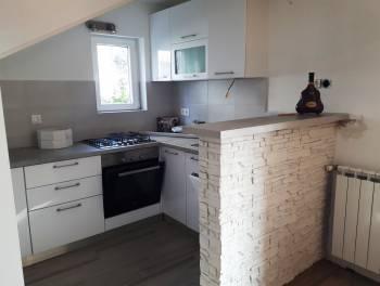 Viškovo, Marinići, 158m2, dva stana s okućnicom