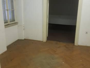 Rijeka, Sušak, 3-sobni stan s balkonom za 62.000€/hrk