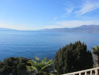 Rijeka, Kantrida, etaža vile na obali mora